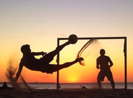 Спортивные игры на песке