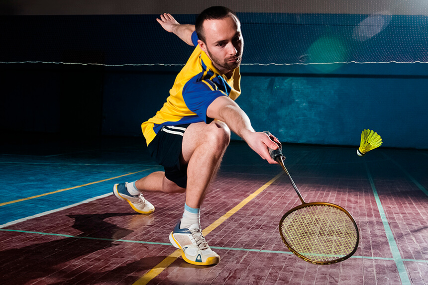 whar are the basic skills in playing badminton To play recreational badminton you only need a few basic skills--a forehand, a backhand and a serve at the professional level, there are several variations and ways to hit these shots the pros even have a repertoire of trick shots during match play.