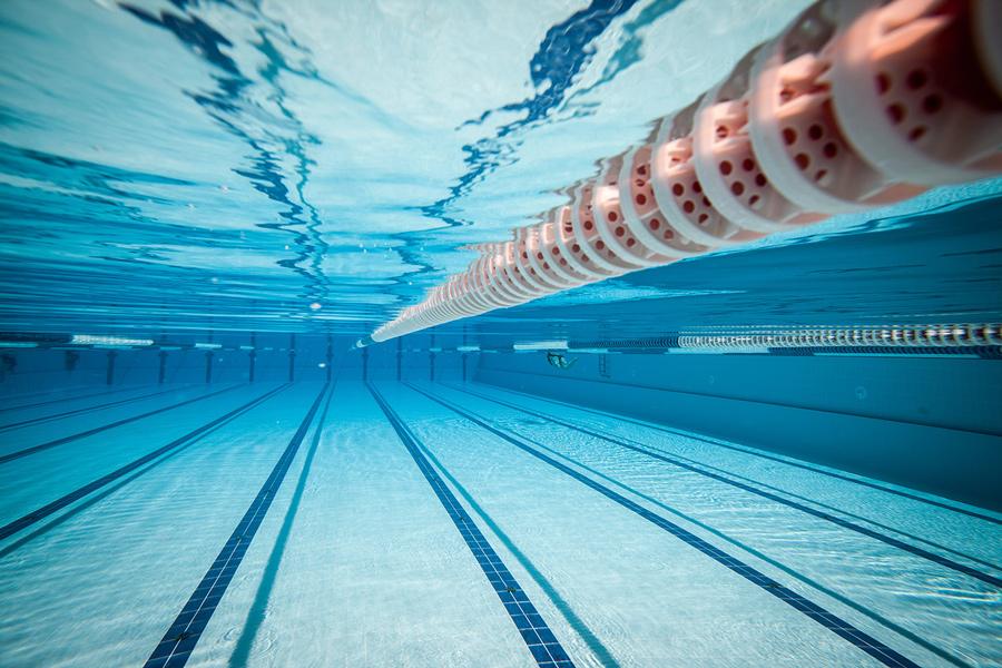Вид очистки воды в бассейне