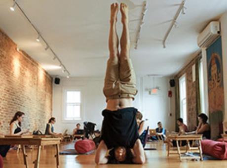 Как выбрать йога-центр