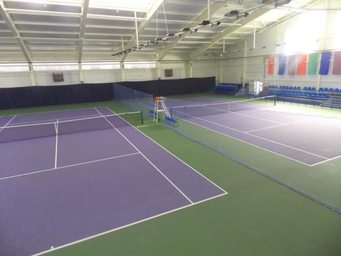 Крытые теннисные корты