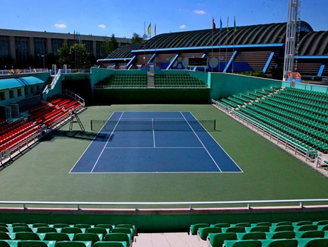 Демонстрационный теннисный корт