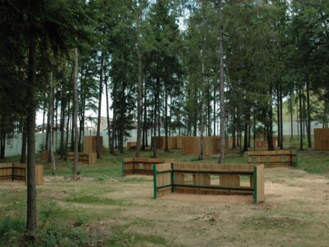 Площадка для пейнтбола