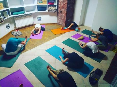Зал йоги
